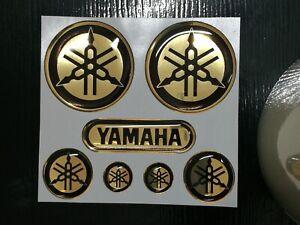 adesivi-yamaha-diapason-r1-r6-tmax-xmax-ORO-cromo-NERO-in-resina-gel-3D-new