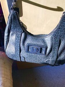 guess brand ladies bags