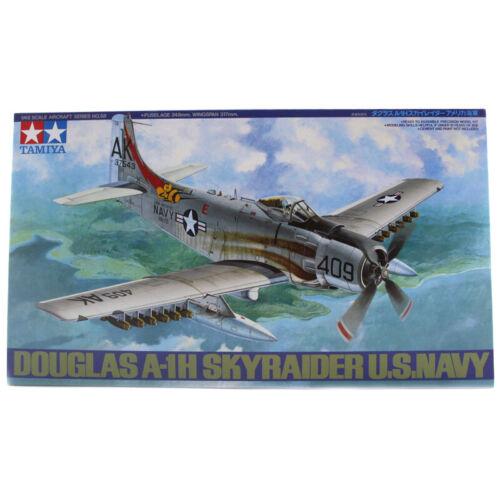Scale 1:48 - 61058 Tamiya Douglas A-1H Skyraider U.S.Navy Model Set NEW