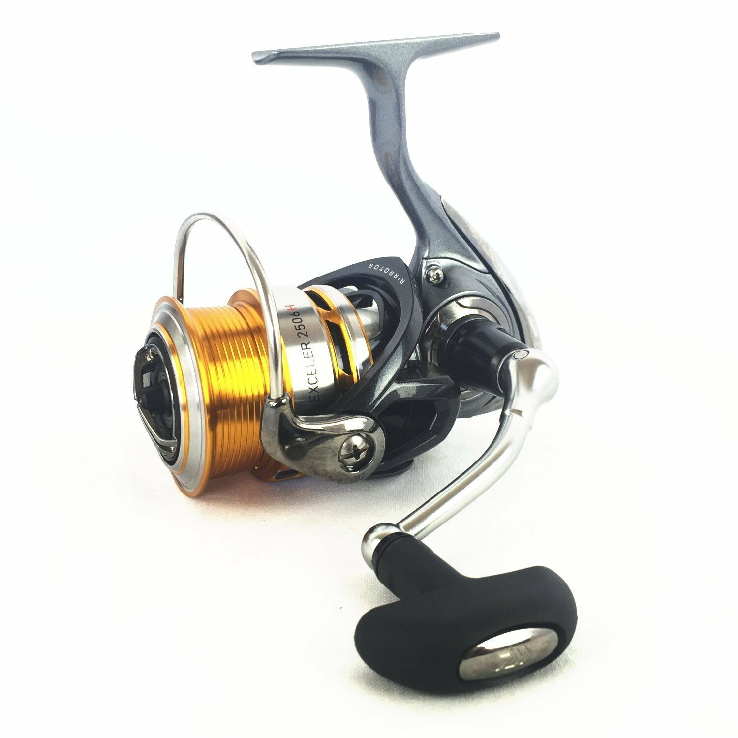 Daiwa 17 Spininng EXCELER 2506H Spininng 17 Reel MAGSEALD Nuovo ebbf5d