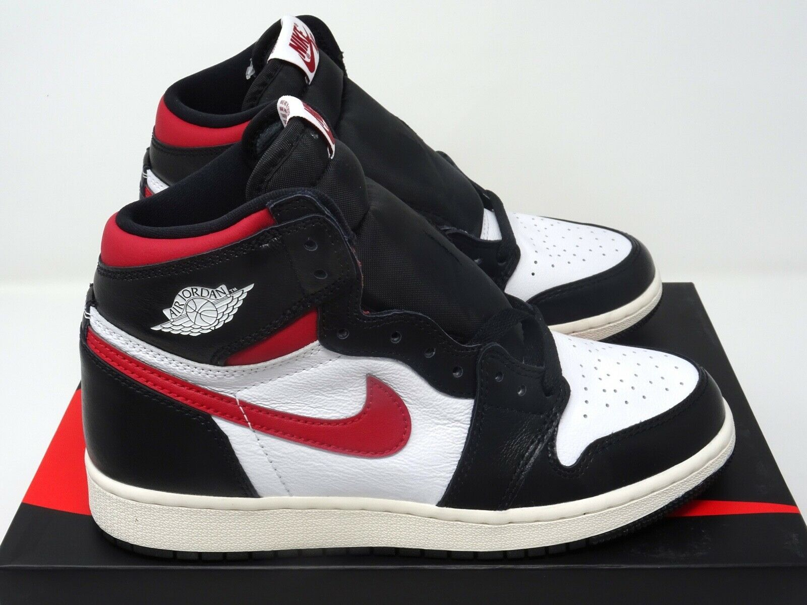 4e8aa0d26e Nike Air Jordan 1 Retro High GS Black Gym Red White UK 3 4 5 6 US
