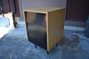 Miraculous Details About Vtg Florence Knoll Side Table Nightstand Mini Credenza Style 40S 50S Mcm Download Free Architecture Designs Lukepmadebymaigaardcom