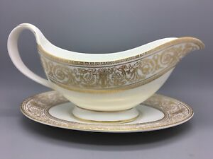 Royal-Doulton-H4973-1st-Quality-034-Sovereign-034-Gravy-Boat-with-saucer-stand
