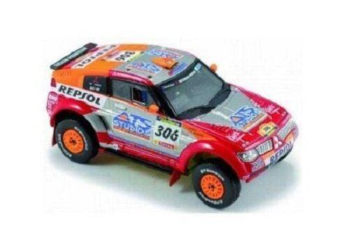 Mitsubishi Pajero Evo  306 Peterhansel-Cottret  Winner Dakar  2005  1:43/800151