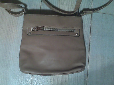 Handtasche Marke David Jones