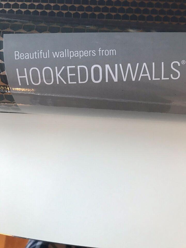 Tapet, Hooked On Walls