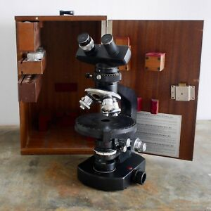 Wild-M21-petrological-cased-microscope-with-lots-of-accessories