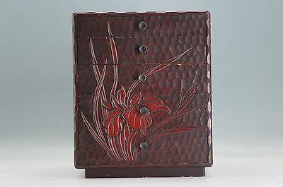 KAMAKURA-BORI KOTANSU Lacquered Woodcarving box Iris Vintage JPN  403e07