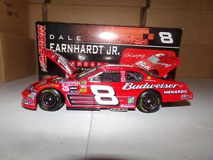 1-24-DALE-EARNHARDT-JR-8-BUDWEISER-GM-DEALERS-2006-ACTION-NASCAR-DIECAST