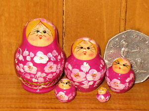 Nesting-Russian-Doll-Matryoshka-5-MINIATURE-Purple-Magenta-House-Babushka