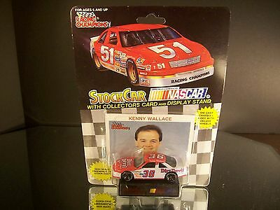 New 1992 Action 1:64 Scale Diecast NASCAR Kenny Wallace Dirt Devil Pontiac #40
