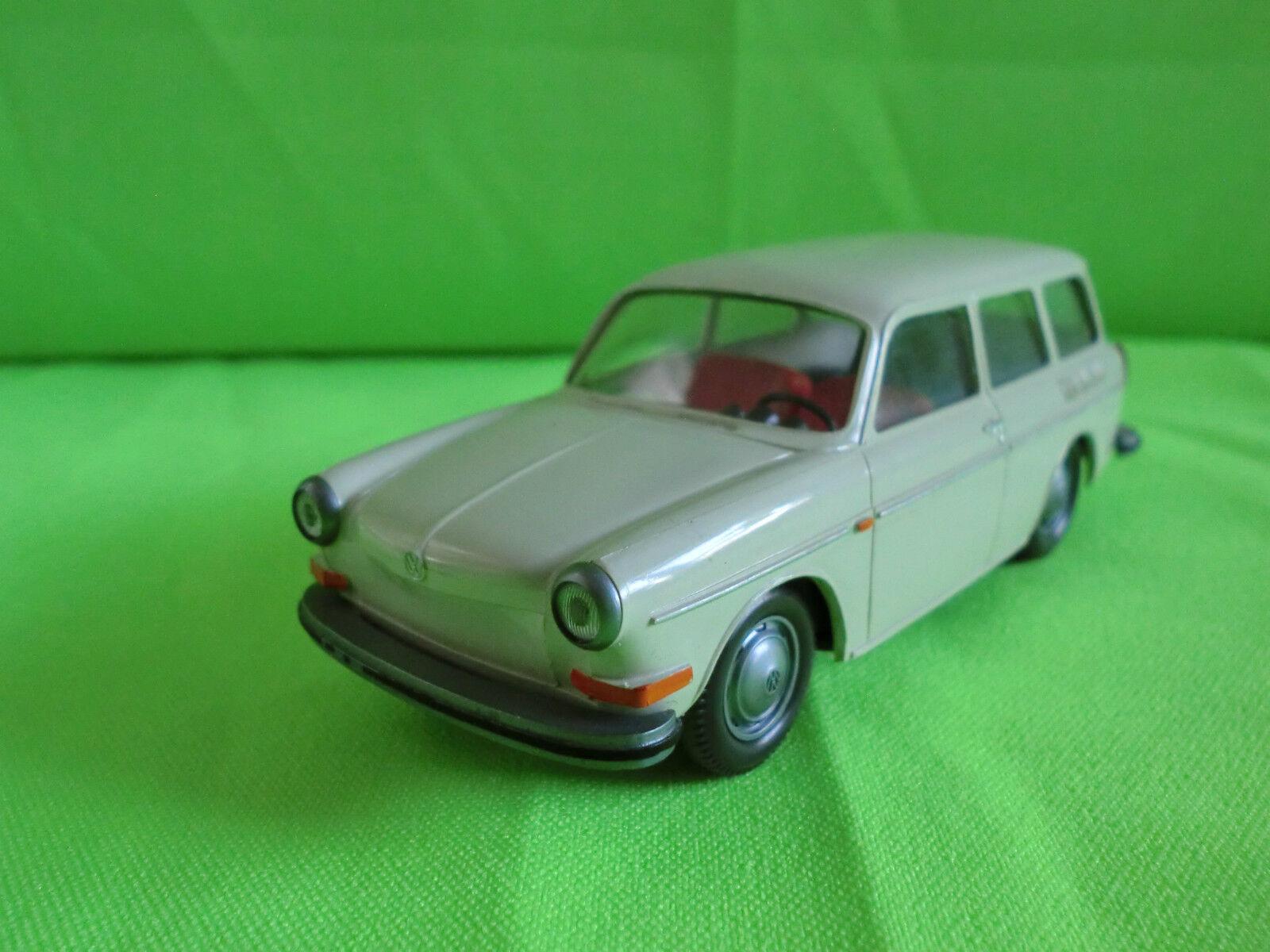 WIKING 1 40  VW VOLKSWAGEN    -  1500 VARIANT   -  RARE SELTEN IN MINT CONDITION