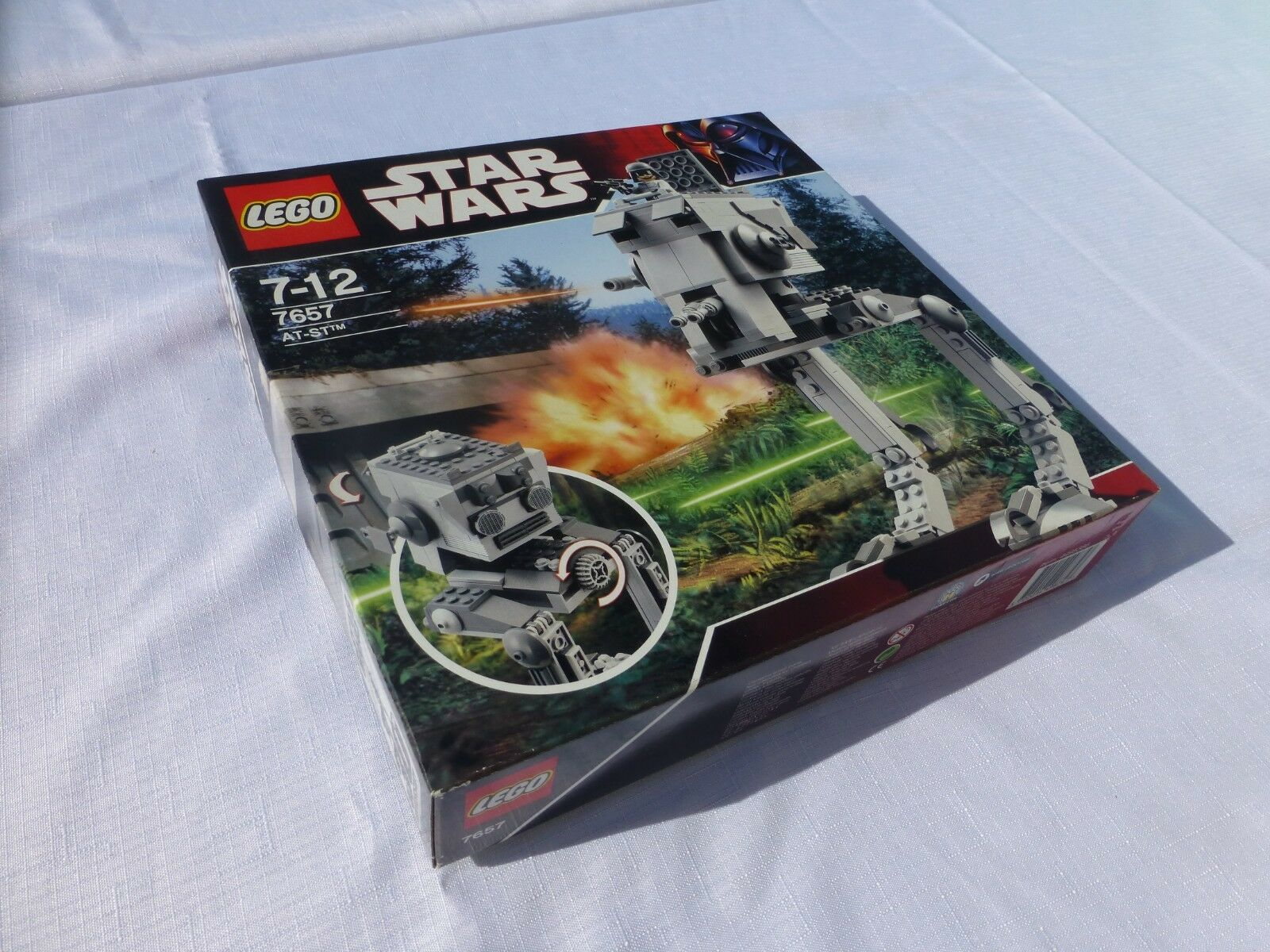 LEGO Star Wars 7657 AT-ST [BRAND NEW]
