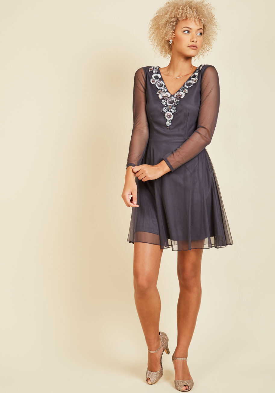 Frock & Frill Embellished V-Neck ModCloth Detail Your Delight Tulle Dress US6 NW