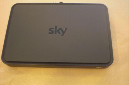 Humax ESd-160c//VE Sky Pro Ultra HD Kabel-Receiver ohne Festplatte/&Zubehör-Defekt