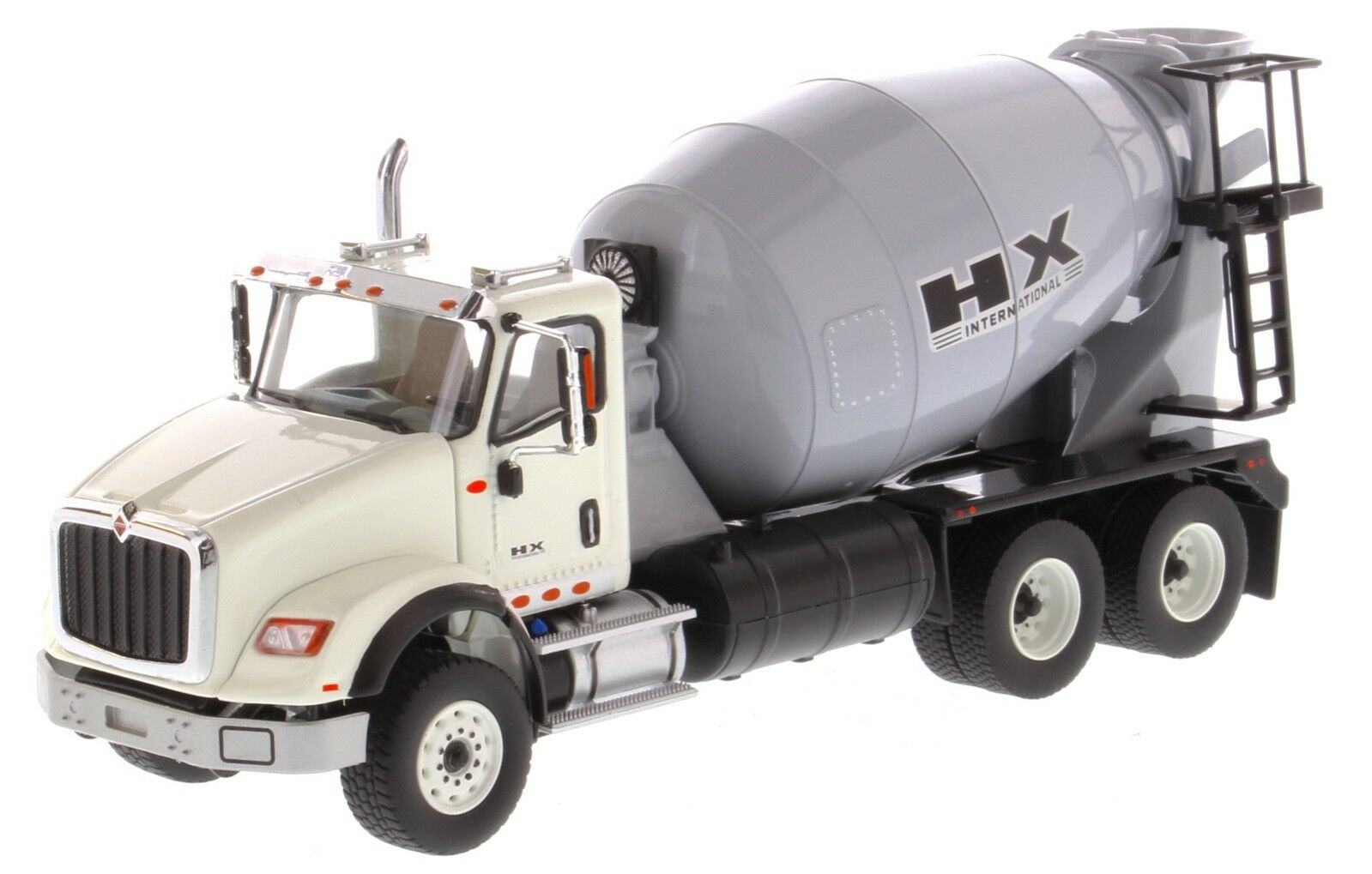 International 1 50 scale HX615 Concrete Mixer - Diecast Masters 71014