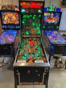 Williams Banzai Run pinball machine