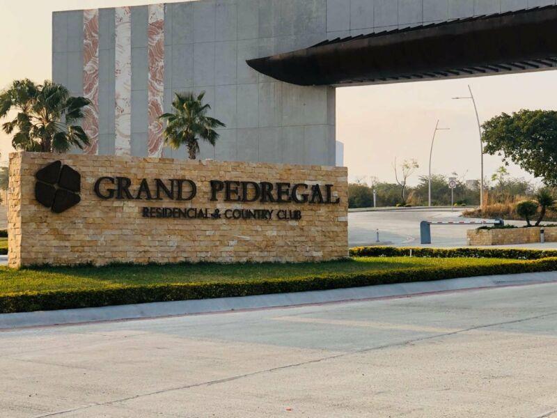 Terrenos de 405 m2 en venta Residencial Grand Pedregal
