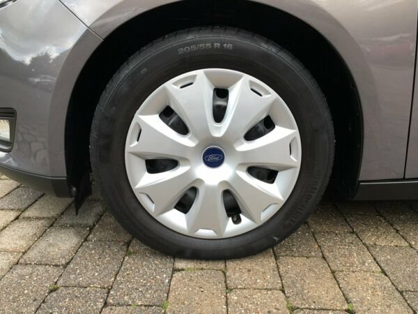 Ford Focus 1,0 SCTi 125 Business stc. - billede 4