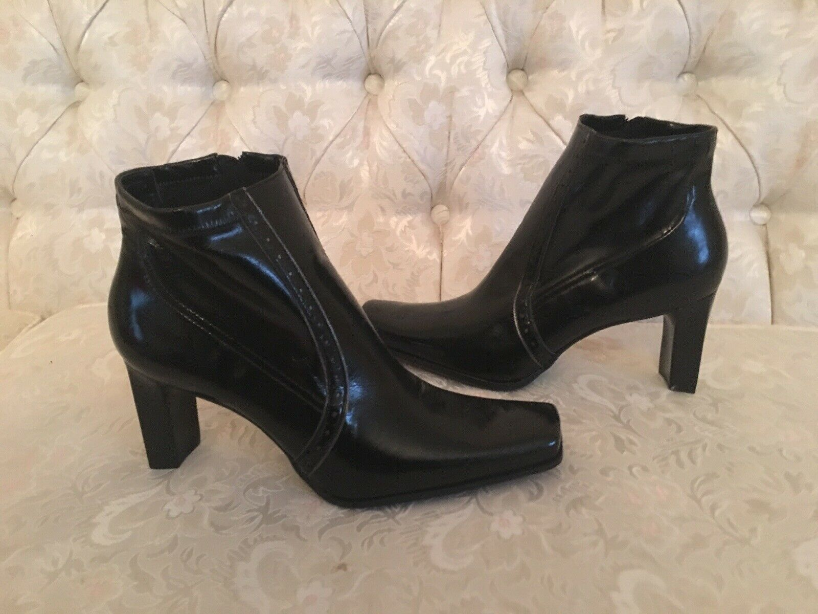 Franko Sarto Women's Black Leather Ankle High Heel Boots Side Zip Size 8