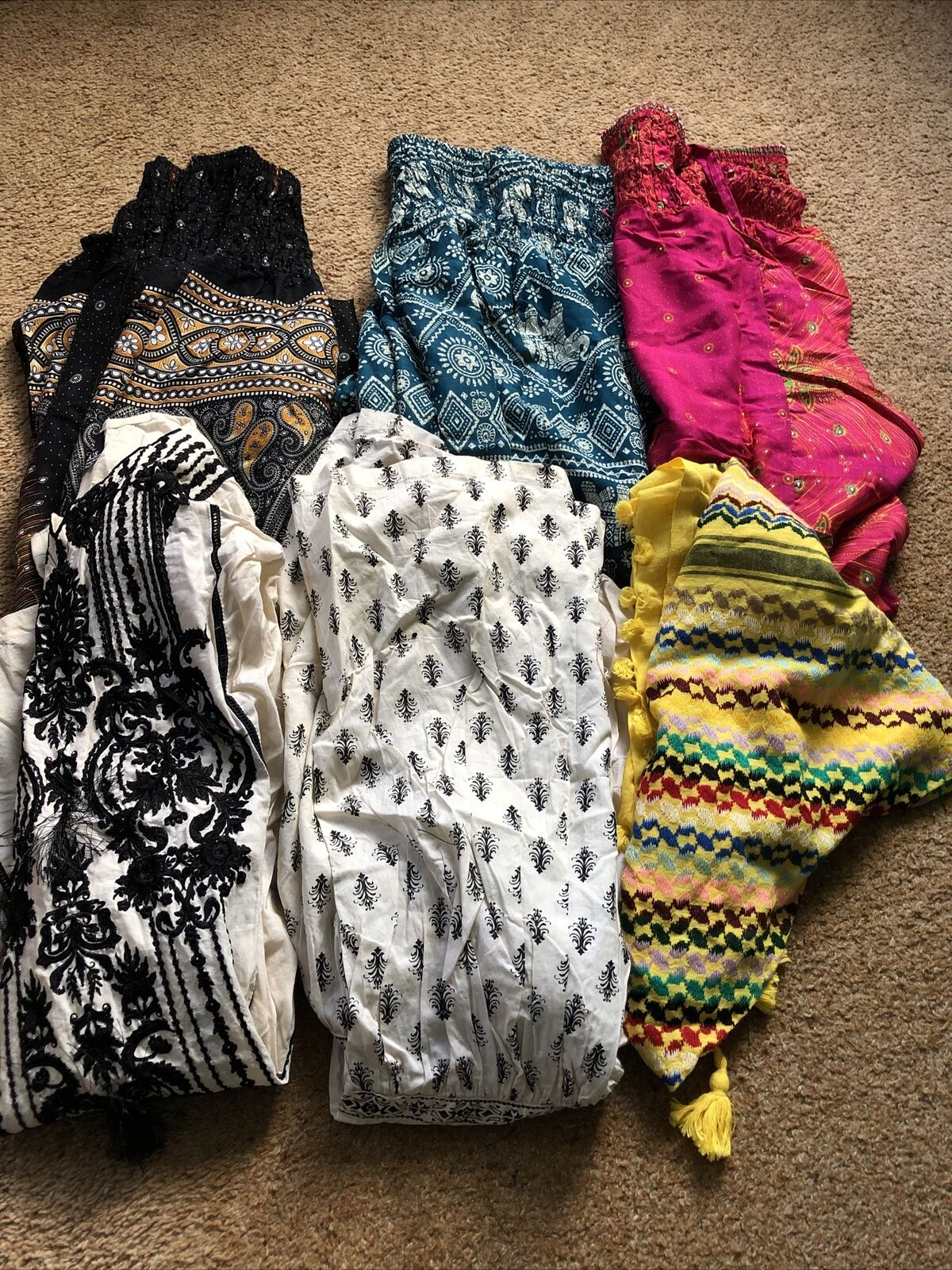 Women's Asian Clothing - Job Lot - 6 Items - Size Small - All New