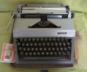 RDA Machine à écrire-Erika modèle 40-VEB schreibmaschinenwerk Dresde-e - Erika Modell 40 - VEB Schreibmaschinenwerk Dresdenafficher le titre d`origine NlbUUdUK-08054201-511751005