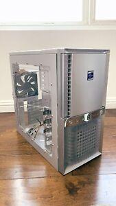 Antec - Super Lanboy - ATX Retro Computer Case - Gray / Silver PC Case