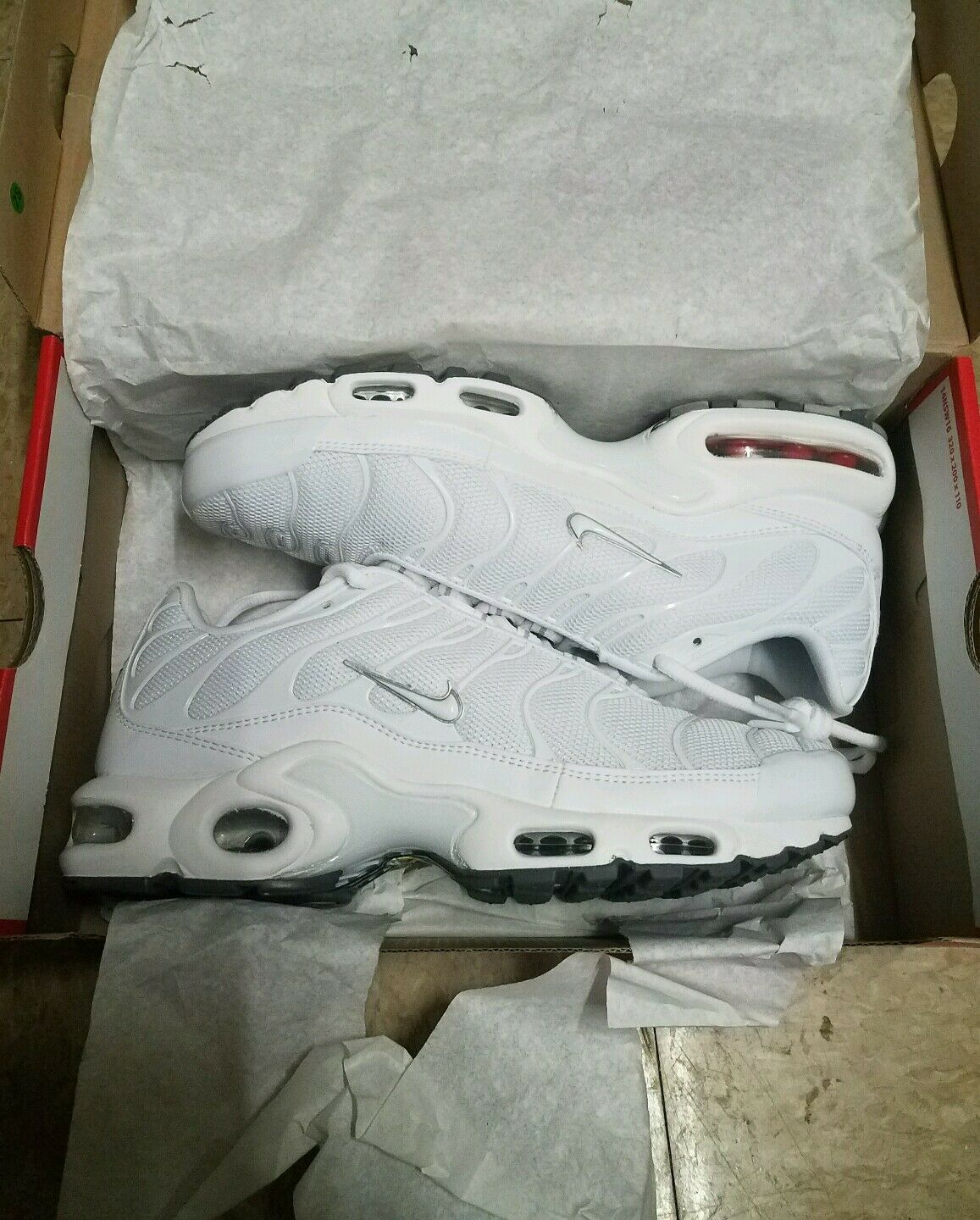 nike air max plus tn all white size 8 for 500