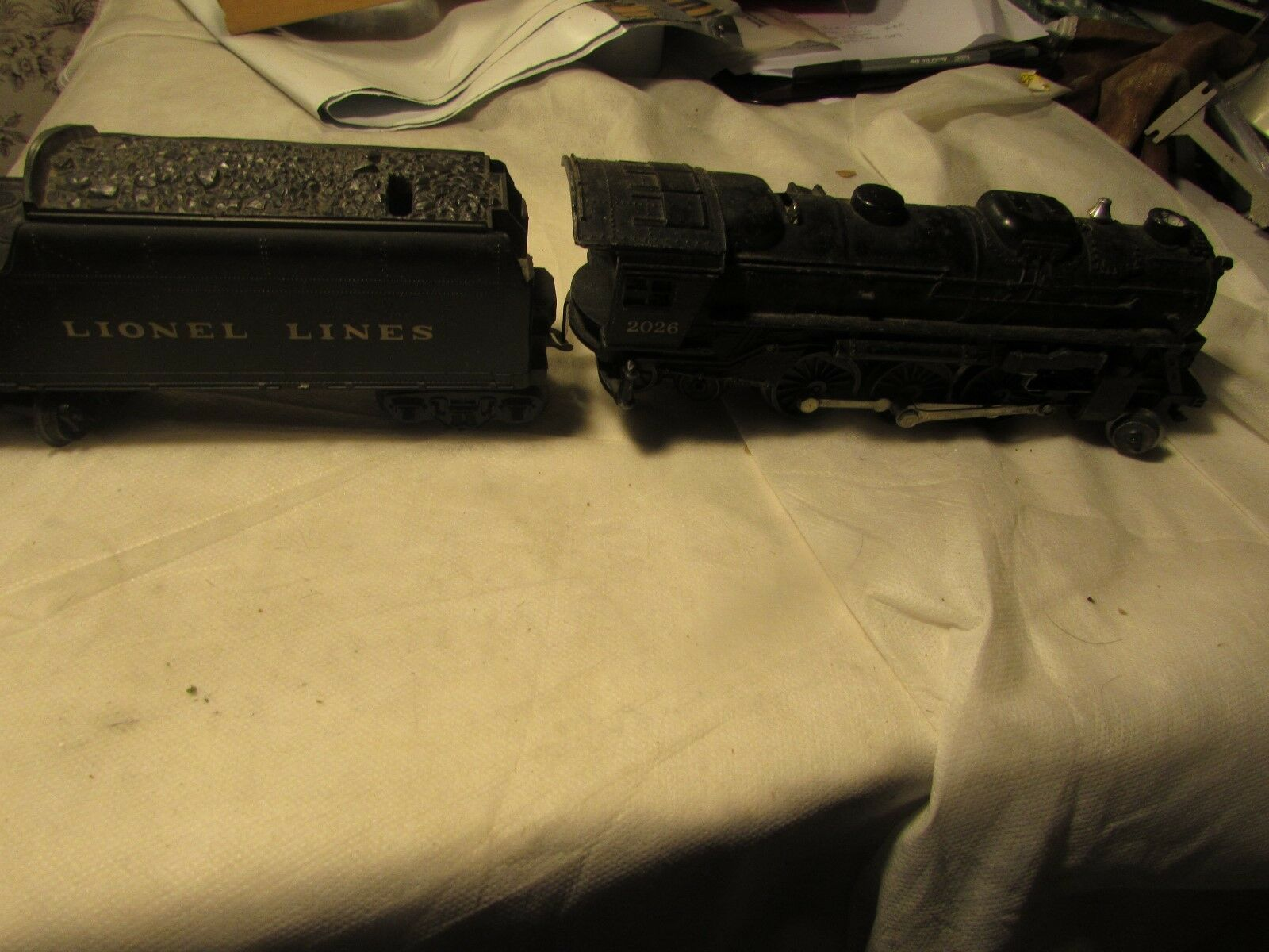 Lionel 2026 2026 2026  2-6-4 Locomotive with 6066T Tender with scatolaed, post war c884e9