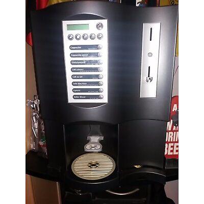 Kaffeevollautomat MaxiBona inkl. externem Wassertank  mit Pumpe