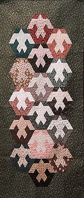 "New Quilt Pattern by Country Threads  ""Dove""  (33 x 72)"