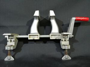 Zyliss-Schraubstock-Swiss-Made