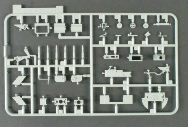 6815 Dragon 1//35 Scale Volkettenaufklarer 38 Parts Tree E from Kit No