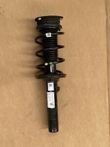 Federbein-vorne-links-VW-Tiguan-5QF412021QF-5QF-412-021-QF-ORIGINAL