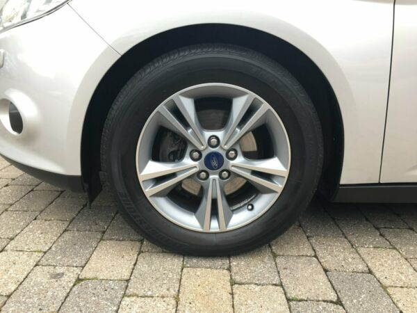 Ford Focus 1,0 SCTi 100 Edition stc. ECO - billede 4