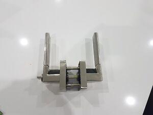 Quality-finish-Privacy-door-lock-amp-handle-Chrome-mirror-finish-no-keys