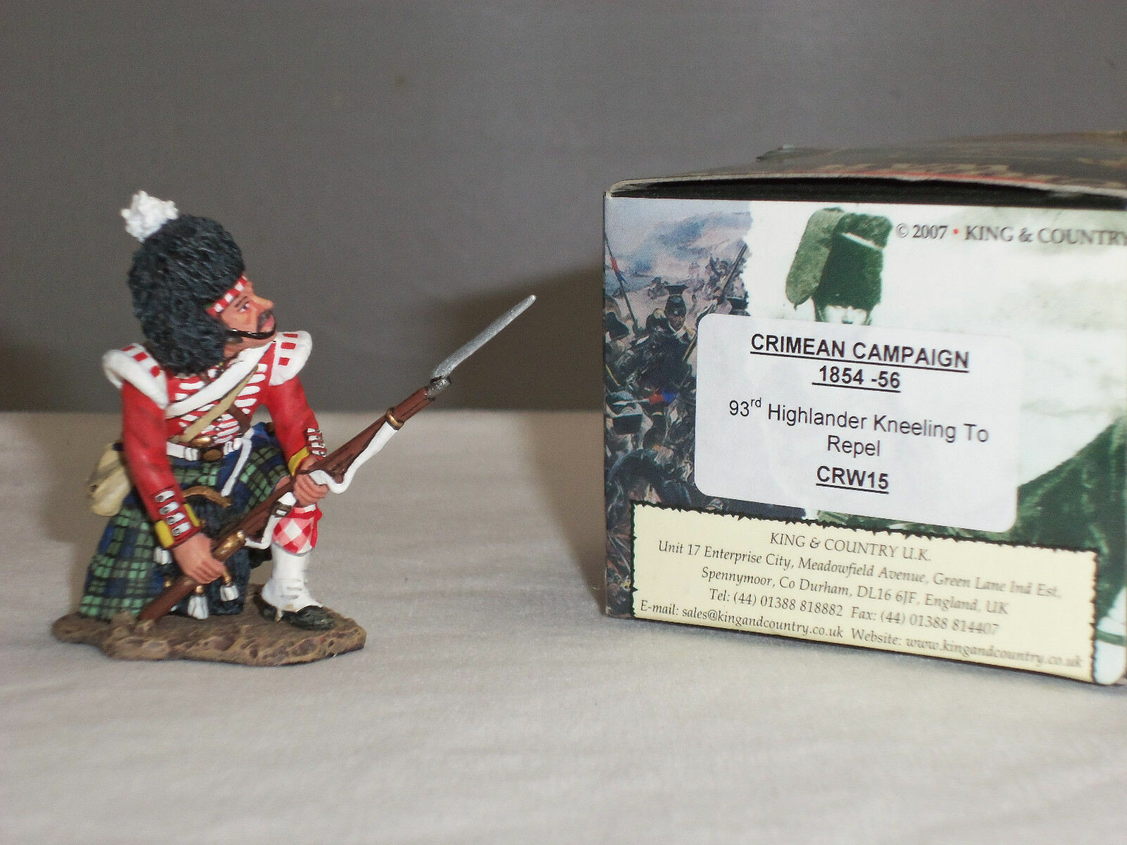 KING AND COUNTRY CRW15 CRIMEAN WAR BRITISH 93RD HIGHLANDER KNEELING TO REPEL