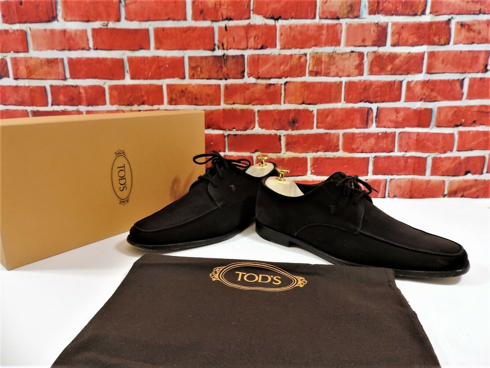 Tods Brown Suede US 8.5 Worn 2 3 times Boxed with shoes Bag