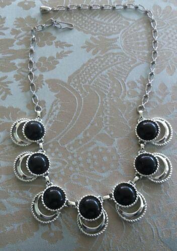 Vintage Sarah Coventry Black and Silvertone Neckla