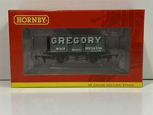 Hornby-R6755-7-Plank-Wagon-Gregory-No-109-New-Boxed