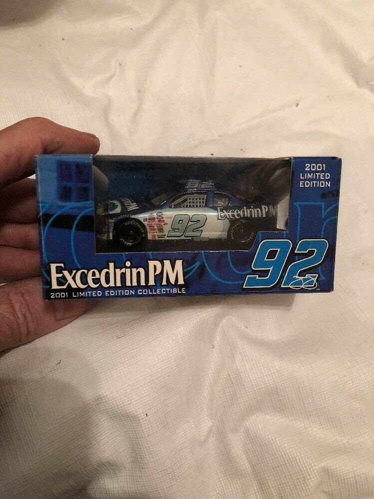 Racing Racing Racing Champions, 1 64 scale, Jimmie Johnson Excedrin PM 2001 Ltd Edition 277e24