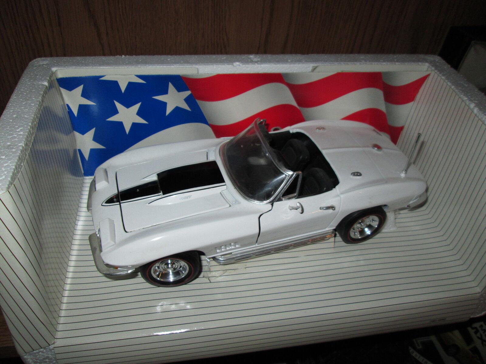 67 CORVETTE L88 WHITE AMERICAN MUSCLE error car car car 1 18 Diecast  w antenna white a099a8