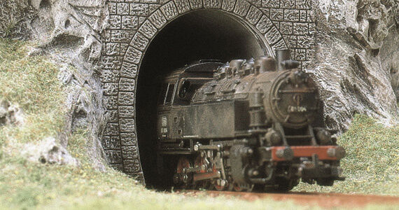 BUSCH HO scale - TUNNEL PORTALS suit STEAM or DIESEL - 1/87 lineside accessory