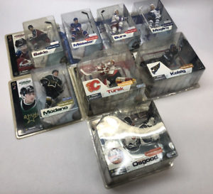 McFarlane's NHL Series 3: Messier, Modano, Sakic, Bure, Mogilny, Osgood, Kolzig