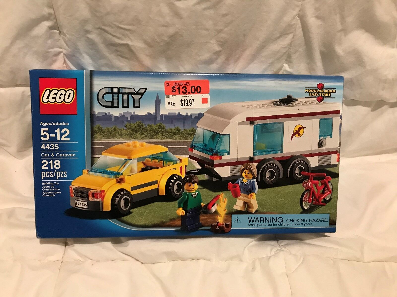 LEGO City Town Car and Caravan 4435