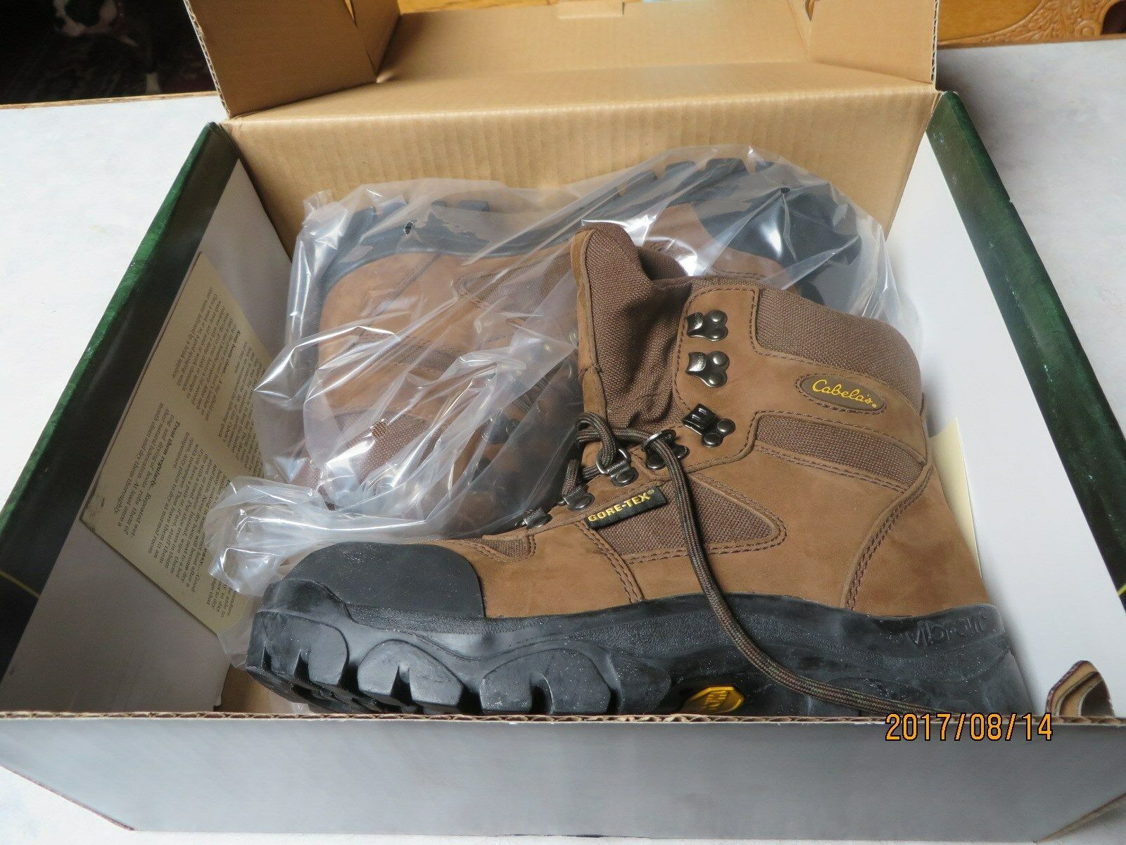 Womens Trail Lite Steel-Toe Hikers by Cabelas.7  Height,Gore Tex Lined