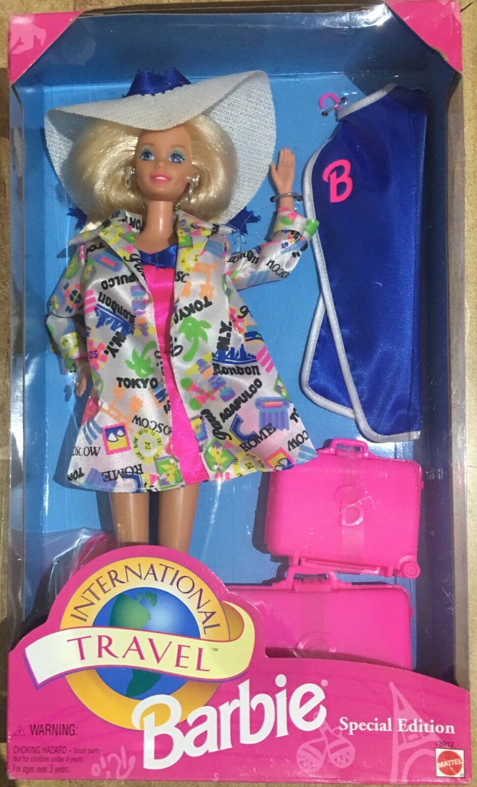 Barbie Mattel International Travel Special Edition Vintage 94'