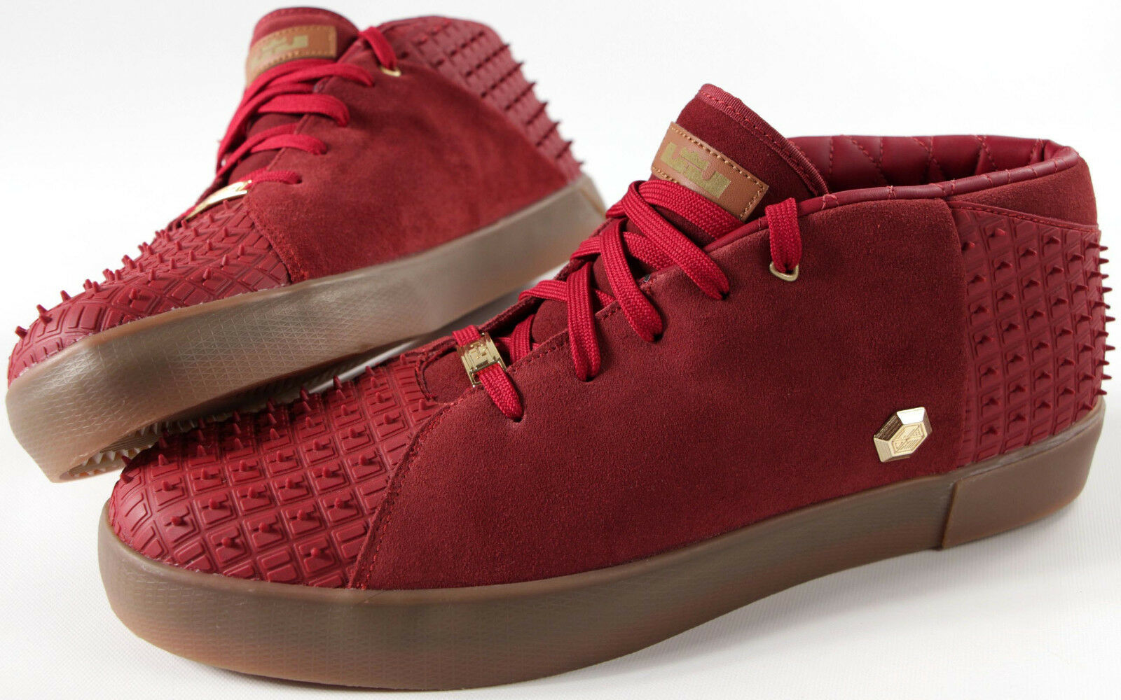 f0dd858740fc7 NIKE LEBRON XIII NSW Lifestyle shoes-NEW-Rubber Cty Maroon basketball  sneaker