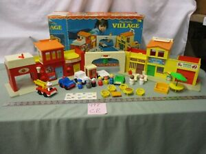 Fisher-Price-Little-People-Town-SET-Play-Family-Village-997-CE-Fire-Mail-box