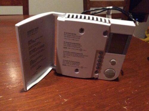 Aube TH104E Digital Line Voltage Thermostat
